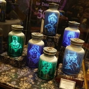 haunted mansion hat box ghost host a ghost jar